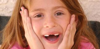Stomatolog – zacznij dbać o uzębienie Twojego dziecka