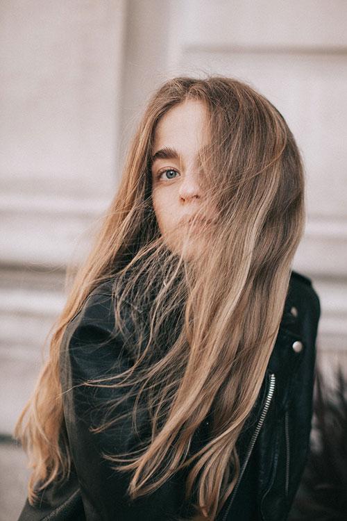 zagęścić włosy